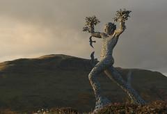 Air Spirit (Eastern Davy) Tags: sculpture canon 50mm explore andyscott ochilhills clackmannanshire 70d tullibody airspirit stridingman muirsideman