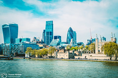 London's architecture (thendele) Tags: uk houses england london skyline architecture architectural gb architektur hochhaus huser wolkenkratzer greaterlondon vereinigtesknigreich