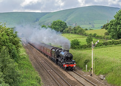 Edale Jubilee (4486Merlin) Tags: england landscape europe unitedkingdom derbyshire transport steam signals railways midlands edale leander gbr hillsmountains 45690 wcrc rytc exlms lms6p5fjubilee eastyorkshireman