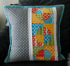 PTS 7 pillow received (s.o.t.a.k handmade) Tags: pillow quilting patchwork drunkardspath pts7