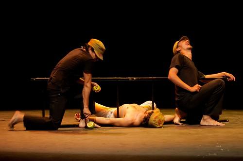 Teatro Tierra. Los Ejércitos . Colombia