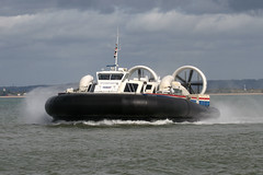 IMG_4695 - Hoverwork BHT130 Solent Express - Ryde IOW - 14.09.11 (Colin D Lee) Tags: isleofwight solent southsea hovercraft iow ryde griffon hoverwork bht130 hovertravel solentexpress