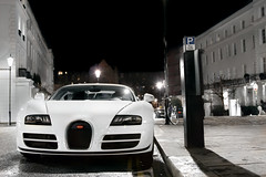 1,200bhp. (Alex Penfold) Tags: auto camera white london cars alex sports car sport mobile night canon dark photography eos photo cool flickr shot image awesome flash picture super spot front harrods knightsbridge arabic exotic photograph arab spotted hyper q bugatti