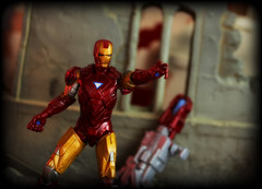 Hasbro The Avengers - Iron Man [Heavy Artillery] (Ed Speir IV) Tags: man film comics movie toy toys actionfigure book iron comic ironman tony 03 hero comicbook figure superhero artillery series concept marvel stark heavy figures avengers hasbro 118 avenger theavengers 334 toywiz