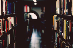 (voldy92) Tags: new york city library books bookshelves