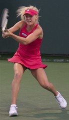 hitting well. (lada/photo (on a road)) Tags: tennis wta womenstennis urszularadwanska