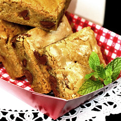 Congo Bars (IrishMomLuvs2Bake) Tags: food fun bars cookie chocolate dough desserts sweets congo cocnut coconutchoclatechipcongobars