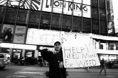 185B (Davide Filippini ダビデ・フィリッピーニ) Tags: nyc newyorkcity people blackandwhite bw usa ny newyork monochrome america blackwhite weed pessoas unitedstates gente noiretblanc unitedstatesofamerica bn menschen personas persone timessquare drug dope marijuana personnes biancoenero 人 アメリカ ニューヨーク 夜 人々 statiuniti モノクロ 白黒 白黒写真 negroyblanco 米国 人間 ネオン モノクローム 夜の写真 timessquarenewyork statiunitidamerica davidefilippini アメリカ合衆国 ニューヨークシティ ニューヨーク市 nikond5000 sigma1770f2845dcmacrohsm タイムズスクウェア タイムズ・スクウェア ダヴィデ・フィリッピーニ ダビデ・フィリッピーニ