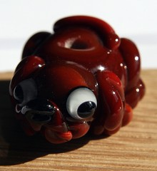 Little dog (Izzybeads) Tags: dog brown glass little bead sra lampworked 27312 izzybeads