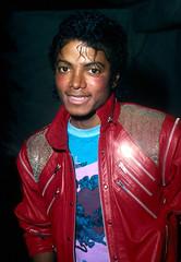 1983 - Dream Girls Opening Night (TheLostChild's Gallery) Tags: red portrait rot michael shot head headshot jackson michaeljackson 1985 rd jacke lederjacke portraet portrt