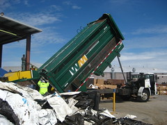 Dempster Recycle One (Thrash 'N' Trash Prodcutions) Tags: trash truck washington garbage clayton destruction center equipment management document co waste ward refuse recycle conveyor facility recycling heavy ci baler kennewick shred recyclables