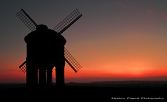 Chesteron Windmill Sunset,Warwickshire,GB. (Stephen Piggott Photography) Tags: england windmill gb greatshot chesterton warwickshire nationalgeographic chestertonwindmill unlimitedphotos micarttttworldphotographyawards micartttt flickerunitedaward stephenpiggottphotography