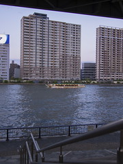OM130427_86 (minhana87) Tags: river lumix tokyo olympus panasonic 20mm sumidagawa omd yakatabune em5