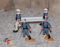 Timpo Conversion  German Paramedic Stretcher (Modelltoys) Tags: paramedic stretcher sanitter deutsche timpo dabro