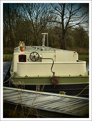 Forth and Clyde Canal (Ben.Allison36) Tags: uk west water boats scotland clyde boat canal harbour olympus basin forth bowling locks british puffer e600 waterways forthandclydecanal dunbartonshire