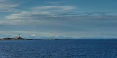Landegode fyr mit den Lofoten (Thomas Stutz) Tags: lighthouse norway norge norwegen lofoten leuchtturm hurtigruten landegodefyr