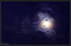 "Morning Moon (VERODAR) Tags: sky moon nature clouds nikon morningsky morningmoon ""nikonflickraward"" nikond5000 verodar veronicasridar"