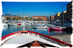 Pointu rouge (armandbrignoli) Tags: pointu bateau barque port nice ville couleur rouge mer sea city red harbor boat fuji