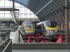 London: Eurostar trains, St Pancras International (michaelday_bath) Tags: london eurostar tgv londonstpancrasinternational brclass373 brclass374 eurostare300 siemensvelaroe320 tvgtmst