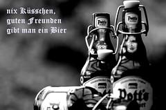 ...na denn Prost - cheers - Salud - Cin cin -  - Sant - slinte (Knarfs1) Tags: bw beer bottle bier monochrom birra prost flasche potts cin salud  slinte mhath