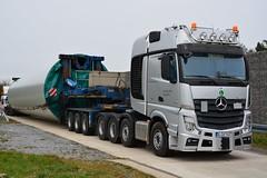 Mercedes Benz Actros 4163 SLT (Actros_4160) Tags: truck mercedes benz transport lorry balmer titan heavy slt lkw haulage actros schwertransport enercon 4163 schwerlast goldhofer gigaspace