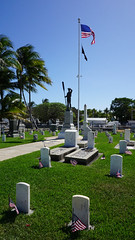 USS Maine Battleship Memorial at Key West Cemetery, FL (SomePhotosTakenByMe) Tags: city vacation friedhof usa holiday tree cemetery grave graveyard america keys island unitedstates florida outdoor flag urlaub tombstone palm insel stadt gravestone keywest grab amerika grabstein fahne palme baum flagge floridakeys ussmaine keywestcemetery ussmainebattleshipmemorial