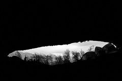 Desde la cueva del Milodon (fotos sin sentido, solo fotos) Tags: chile del canon natural monumento paisaje mundo torres paine cueva cuevas fotgrafos milodon fotografovictoralegriadiaz