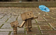 Danbo and the Blustery day (.OhSoBoHo) Tags: cute umbrella canon toy japanese 50mm rainyday manga windy kawaii pearl yotsuba danbo revoltech canoneos40d danboard danbolove ohsoboho danbophotography danbosumbrella dayfortheducks marypoppinsweather februarysalphabetfun2012 danbointherain