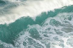 IMG_3528 (Paul Gillard) Tags: surf wave spray seaspray crashingwave crestofawave