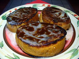 food vegan frenchtoast glaze vegetarian icing veganism herbivore vegetarianism meatless veganjunkfood meatfree cinnamonrollfrenchtoast whatveganseat lanegold