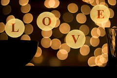 Let the bokeh in your heart! 45/366 (Skley) Tags: love photography photo foto fotografie bokeh creative picture commons valentine cc creativecommons bild ef50mmf18ii liebe licence valentinstag kreativ lizenz valentinecards 45366 valentineideas valentinstagkarte skley eos600d valentineecard valentinstagideen valentinstagecard dennisskley dsk1