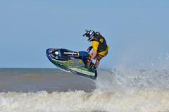 Dominio Absoluto (Agustn Faggiano) Tags: sky costa argentina de mar agua nikon jet 360 villa moto deporte gran vuelta oceano premio atlantico 80200 gesell pirueta exhibicin d7000