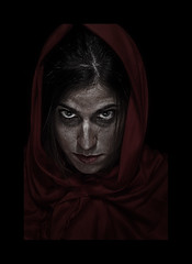 Little Red Riding Hood / caperucita roja (abelus wallas) Tags: red portrait woman look hair rojo eyes wolf tales retrato decay littleredridinghood ojos terror lobo mirada creep pelo cuentos 500d caperucitaroja caperuza