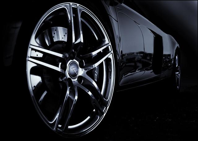 donutderelicts audir8 560hp sprotcar carbonfibercar audir8midenginesupercar expensivesportcar audigtr8
