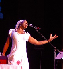 India Arie Feb 18 2012-257