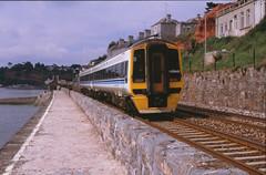 14915 Dawlish 2 juni 1995 (peter_schoeber) Tags: dawlish devoncornwall seawalldawlish brdmuclass158 dawlish2juni1995 2juni1995 brdmuclass158no842 vakantieindevencornwall