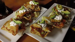 7 Mile - Fish Tacos (Retrenders) Tags: brisbane fishtacos 7milehouse retrenders