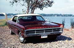 71 Plymouth Sport Fury (DVS1mn) Tags: red cars hardtop car sport 1971 burgundy air plymouth 71 mopar ac slides v8 fury mycar conditioning wpc 2door 383 walterpchrysler torqueflite chryslercorporation nineteenseventyone