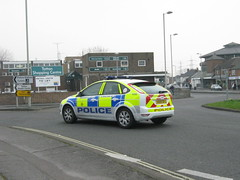 Hampshire Police - Ford Focus Targeted Patrol Vehicle Responce Vehicle ( HX60 GFJ ) (Callum999Pics) Tags: uk england ford car focus britain police plate hampshire vehicle leds emergency 60 patrol targeted 999 sirens strobes lightbar constabulary rotaters responce