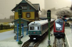 Old and New (Concorps) Tags: ireland dublin tree scale car train spur model carriage pentax sony n eisenbahn railway zug german american locomotive  bahn gauge  roco spoor deutsch   kx fleischmann      minitrix    spoorwgen  dscw220