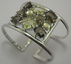 Table bangle bracelet (penmage) Tags: silver necklace cross diamond crown cz tiffany pendant citrine sterlingsilver 18kgold vancleefarpels smokytopaz cubiczircon
