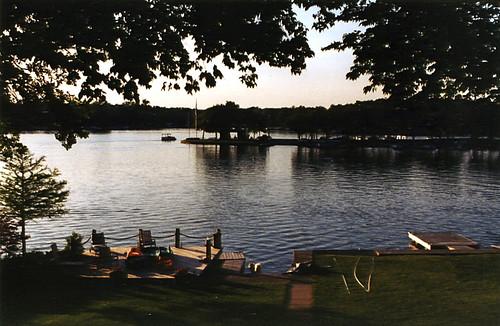photo water landscape lake vehicle boats serene lakes sea outside outdoor outdoors boat sailboat sailboats