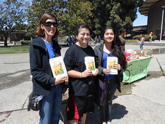 World Book Night Book Recipients @ Chabot College - April 23, 2013 - Hayward, California - 091 (Hayward Public Library) Tags: california reading libraries books literacy thelanguageofflowers cityofhayward 94541 haywardpubliclibrary vanessadiffenbaugh worldbooknight2013
