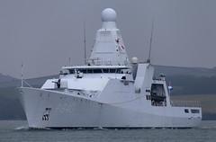 HNLMS Holland 01-04-2013 #2 (JDurston2009) Tags: plymouth warship opv plymouthsound royalnetherlandsnavy p840 offshorepatrolvessel hollandclass hnlmsholland