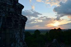 AK_PhnomBakheng_15 (chiang_benjamin) Tags: sunset sky tower clouds temple cambodia angkorwat phnombakheng