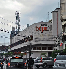 Bank BTPN (BxHxTxCx) Tags: building office bandung kantor gedung