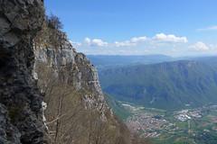 Arsiero (Tabboz) Tags: panorama primavera erba montagna strade cima prati vetta pascoli prealpi fioriture