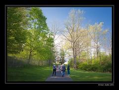Photo Walk, London Ontario 2016-05-22 (Marc Aubin2009) Tags: park trees ontario london photo spring path walk photographers bank walkers lopw