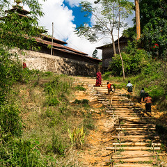 [Myanmar, Shan State] (Paul Bergot) Tags: kids stairs trekking children countryside outdoor burma monk hike myanmar inle shan shanstate trekk kalaw