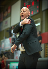 Mike Coffin / Headcoach (guenterleitenbauer) Tags: pictures mike sports basketball sport ball photo google fight flickr foto basket image photos action champion picture vice indoor images final fotos april match win coffin finale halle austrian gnter korb liga playoff wels 2016 wbc meisterschaft abl headcoach guenter leitenbauer wwwleitenbauernet gnter oberwartgunners